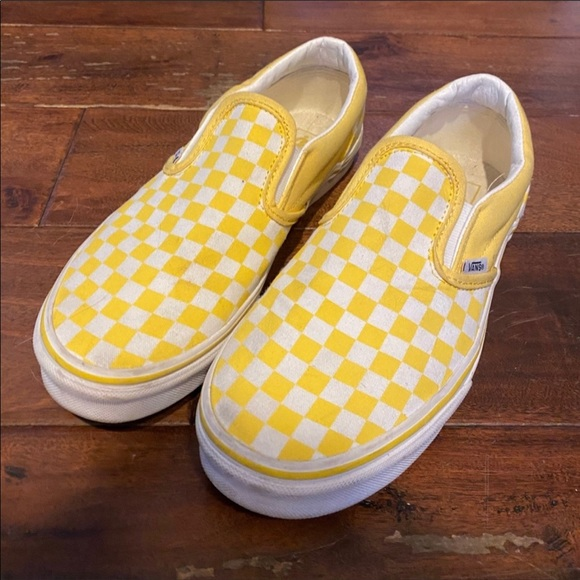 girls yellow checkerboard vans